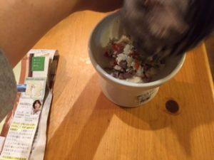 猫砂肝ごはん