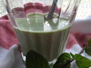 フルーツ青汁牛乳割